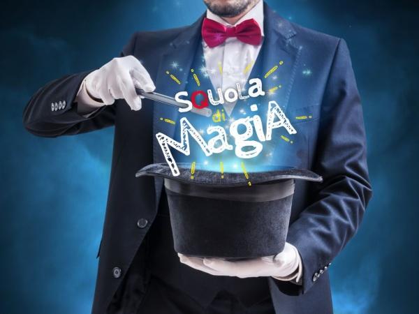 """Iscrizioni aperte per la """"Squola di Magia"""" del circolo magico più felice del mondo!"""