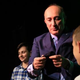 """Elio De Grandi, Alexander intervistato dalla """"nostra"""" Giulia a Blink Circolo Magico"""